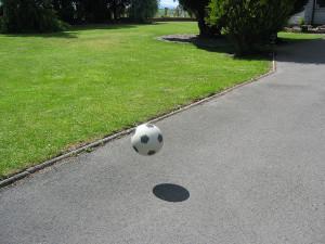 Bouncing Ball photo