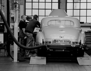 Mechanics and car by Astrid Westvang via Flickr