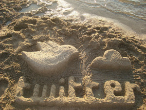 Sand sculpture by Rosaura Ochoa via Flckr